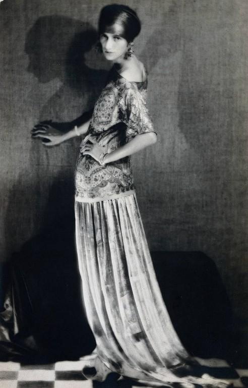GuggenheimManRay1924